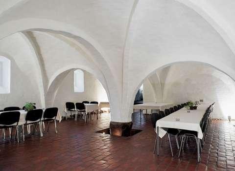 vitskøl kloster åbningstider